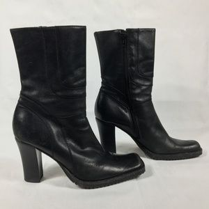 Steve Madden Black Leather Ankle Boots  Size: 9.5B